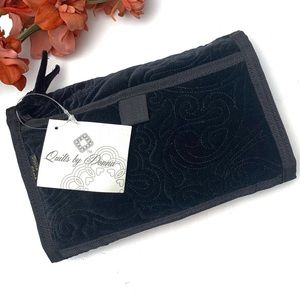 Donna Sharp Black Velvet Quilted Jewelry Case NWT
